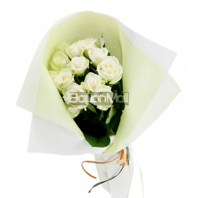 1 dozen bouquet of white roses